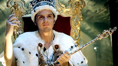 """Understanding James """"Jim"""" Moriarty: How he can help us succeed in life (Part 1) http://vlnresearch.com/understanding-moriarty-part-1 Jim Moriarty in a crown in Sherlock image"""