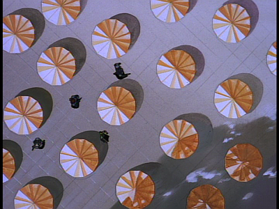 disney-gargoyles-awakening-part-4-overhead-umbrella-shot